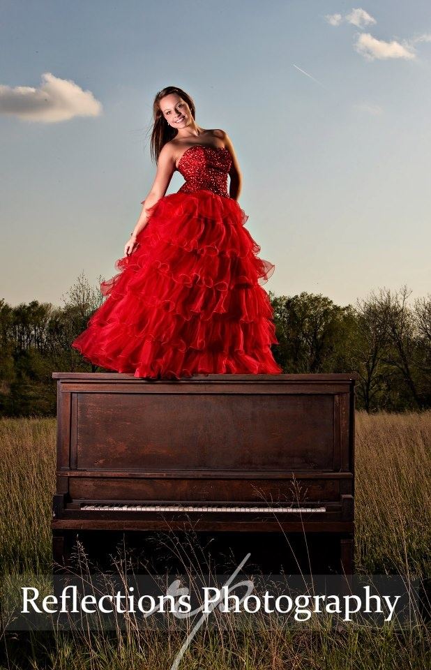 Kallie, Marysville 2014! The Country. We could not have asked for better weather for the first time with the piano out in the field. — with Kallie Dawn Breshears at Reflections Photography.      https://www.facebook.com/photo.php?fbid=10151498939148145=a.98438198144.84179.34968503144=1