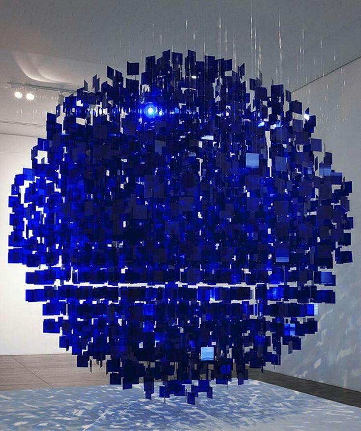 Julio Le Parc: Blue Sphere