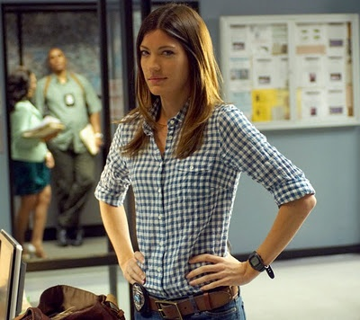 Jennifer Carpenter- Debra Morgan  http://www.mynuvotv.com/blog/meet-jennifer-carpenter#.Urx-bKVbEUU
