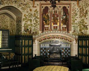Powis Castle - Well Preserved Medieval Castle in Wales