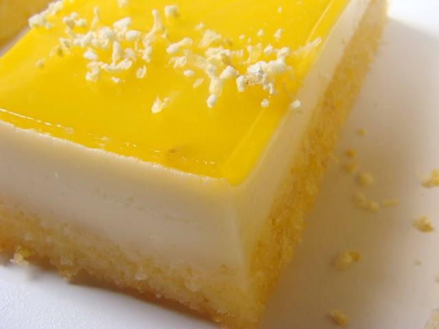 Cornmeal and orange pudding, lemongrass panna cotta. Super fancy and refreshing dessert!!!