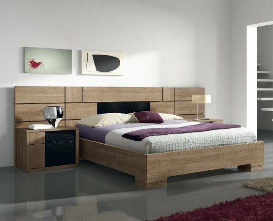 Dormitorio de matrimonio con amplias mesillas y cabecero for Dormitorios modulares matrimoniales