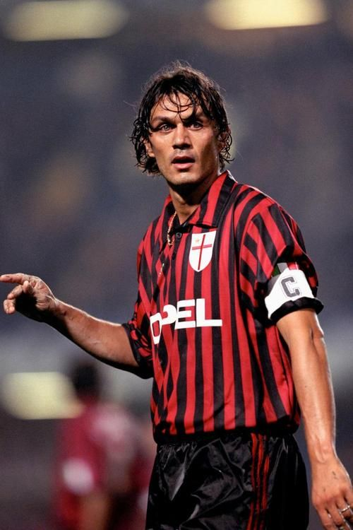 paolo maldini A.C.Milan. A gentleman on and off the pitch
