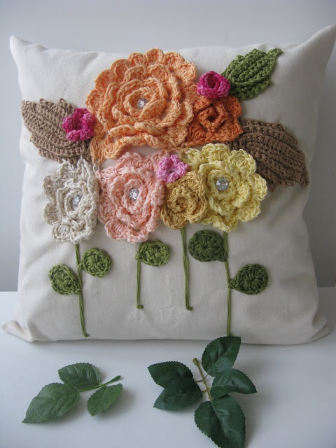 FLOWERED PILLOW FOR THE COMING OF FALL