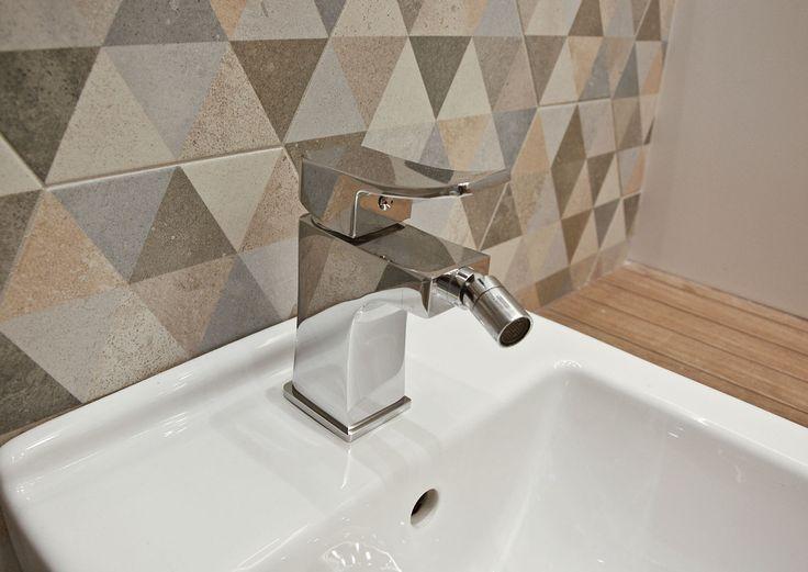 #viverto #InspiracjeViverto #łazienka #bathroom #beautiful #perfect #pomysł #design #idea #nice #cool #inspiration #nowoczesność #nowocześnie #płytki #tiles #toaleta #ceramika  #armatura #baterie #bateria #wow #moda #trend #drewno #drewnopodobne #imitacja #wood #wooden #bidet #kolory #kolorowo