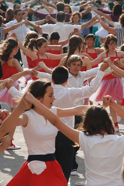 Sardana - Groups of children and adults performing a sardana. #barcelona #dance
