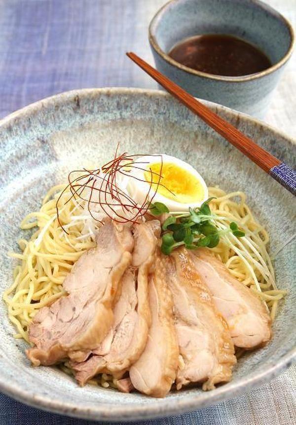 炙り鶏チャーシューつけ麺 by 長岡美津恵akai-salad | レシピサイト「Nadia | ナディア」プロの料理を無料で検索