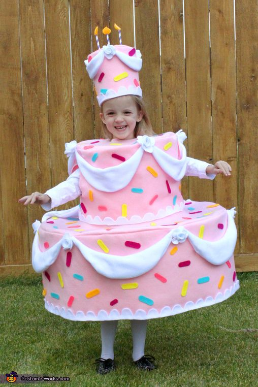 Cake Costume - 2013 Halloween Costume Contest via @costumeworks