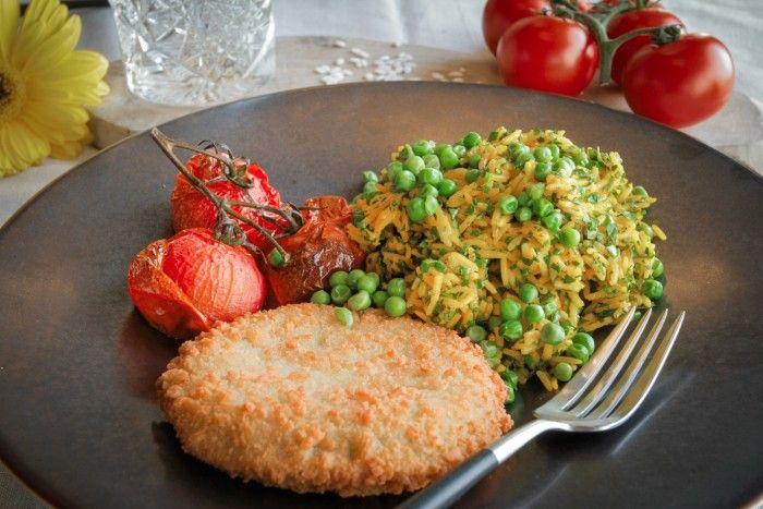&samhoud food - Aspergeburger met oven gepofte cherrytomaatjes aan het takje en saffraanrijst