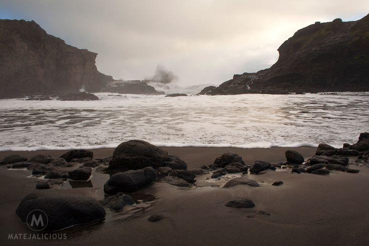 The Gap Piha Beach - Matejalicious Travel and Adventure