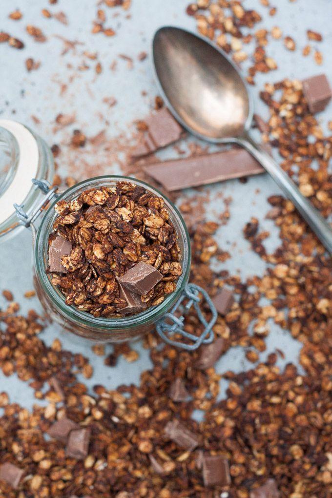 Kaffee-Schoko-Knuspermüsli. Schnell, einfach und der perfekte Wachmacher - kochkarussell.com