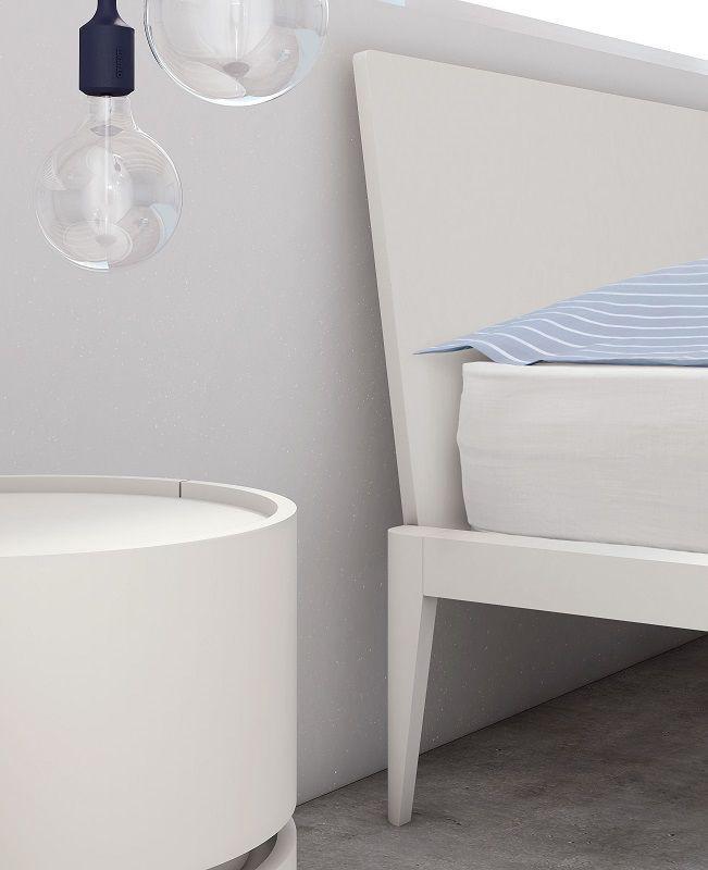 Niewinna biel ;)  #white #bed #relax #sleep #pianca #italy