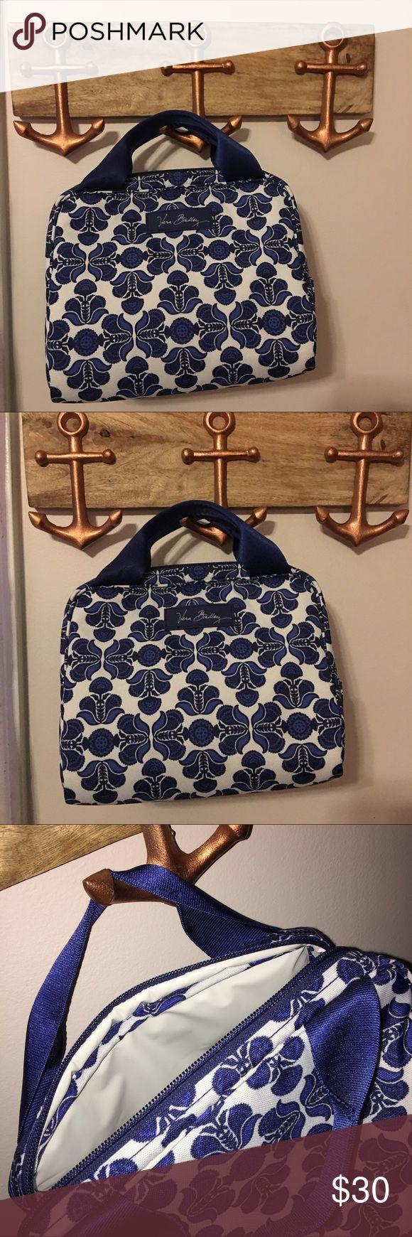 Vera Bradley Lunch Cooler Bag Vera Bradley Lunch Cooler Bag - never been used Vera Bradley Bags