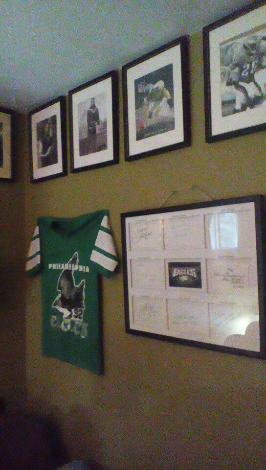 Eagles Man Cave Ideas : Philly man cave go eagles pinterest caves and