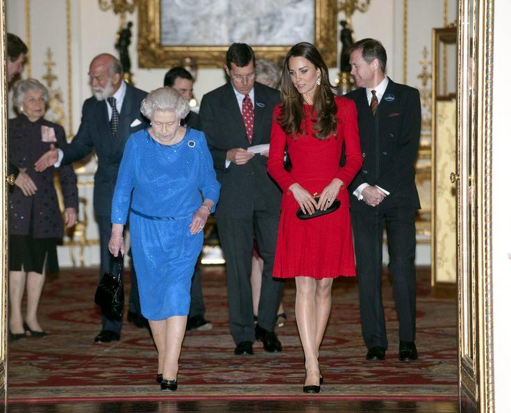 How Do Queen Elizabeth and Kate Middleton Get Along? | POPSUGAR Celebrity