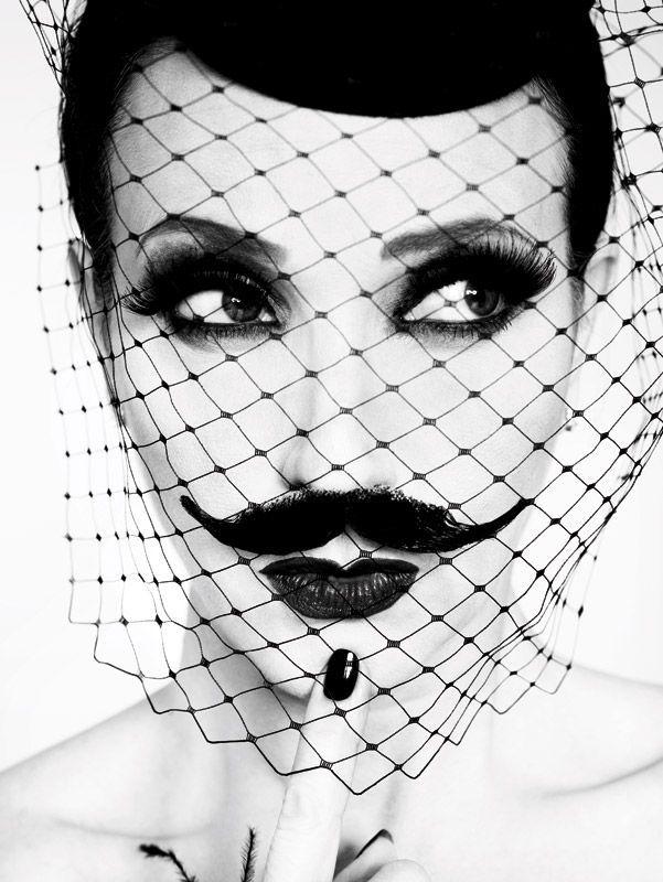 ARgENTUM ~ MOVEMBER ~ la potion infinie #ruvenafanador #blackandwhite #moustache