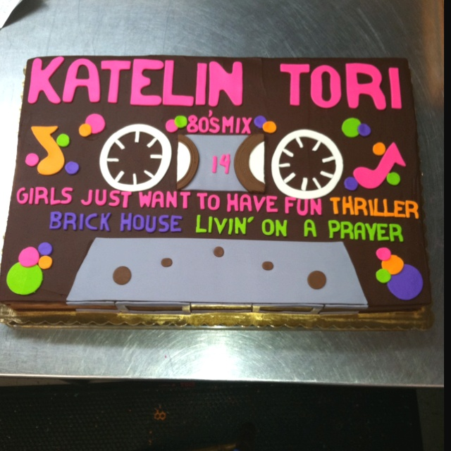 80 39 s cassette tape cake bday party ideas for tricias for 80s cake decoration ideas