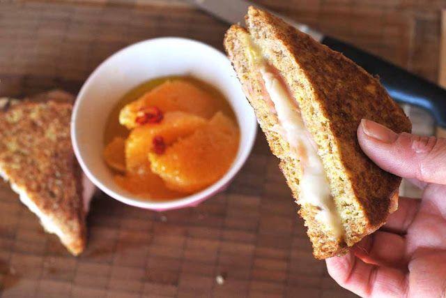 Toast con salmone quasi in carrozza