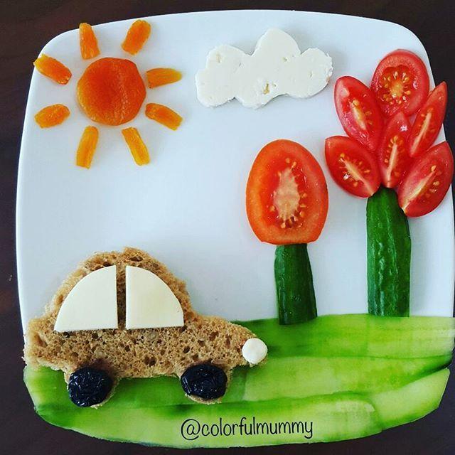Küçük vosvos yollarda... Basit ama etkili... Little beetle is on roads... Simple but effective... Peynir, ekmek, salatalık, domates, zeytin, kayısı.... Cheese, bread, cucumber, tomato, olive, apricot... #beetle #vosvos