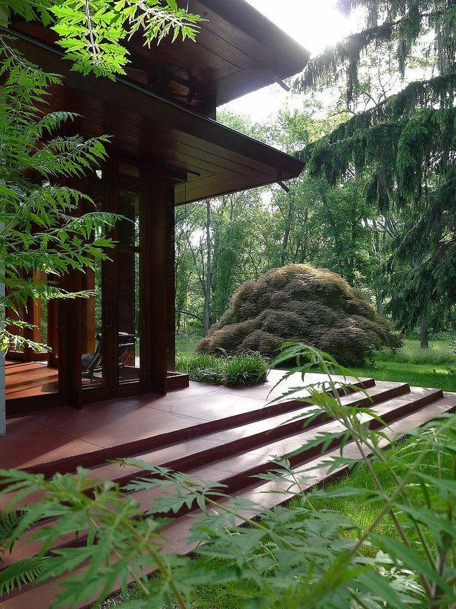 Farm House With Japanese Garden By Frank Lloyd Wright