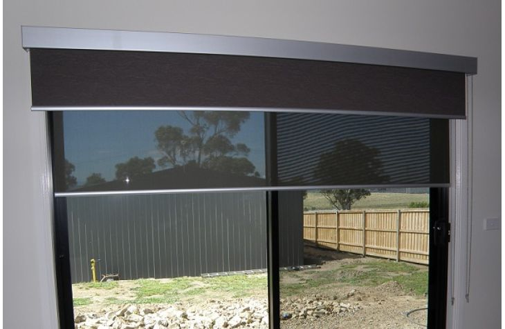 Dual roller blinds! E-screen for the day time and Block out for the night time!