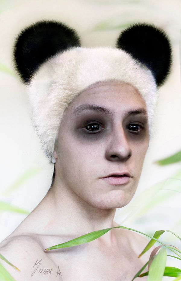 """Docile"" Self portrait, Maybe the weirdest thing that I did, but this represent docility of a panda, I was inspired in chinese art style. Follow me on facebook: https://www.facebook.com/pages/Jeison-Rodriguez-Photography/668445143244812?sk=timeline  #photography #portrait #fotografia #retrato #autorretrato #Selfportrait #art #artistic #Colombia #artistico #arte #canon600D #canon #CanonT3i"