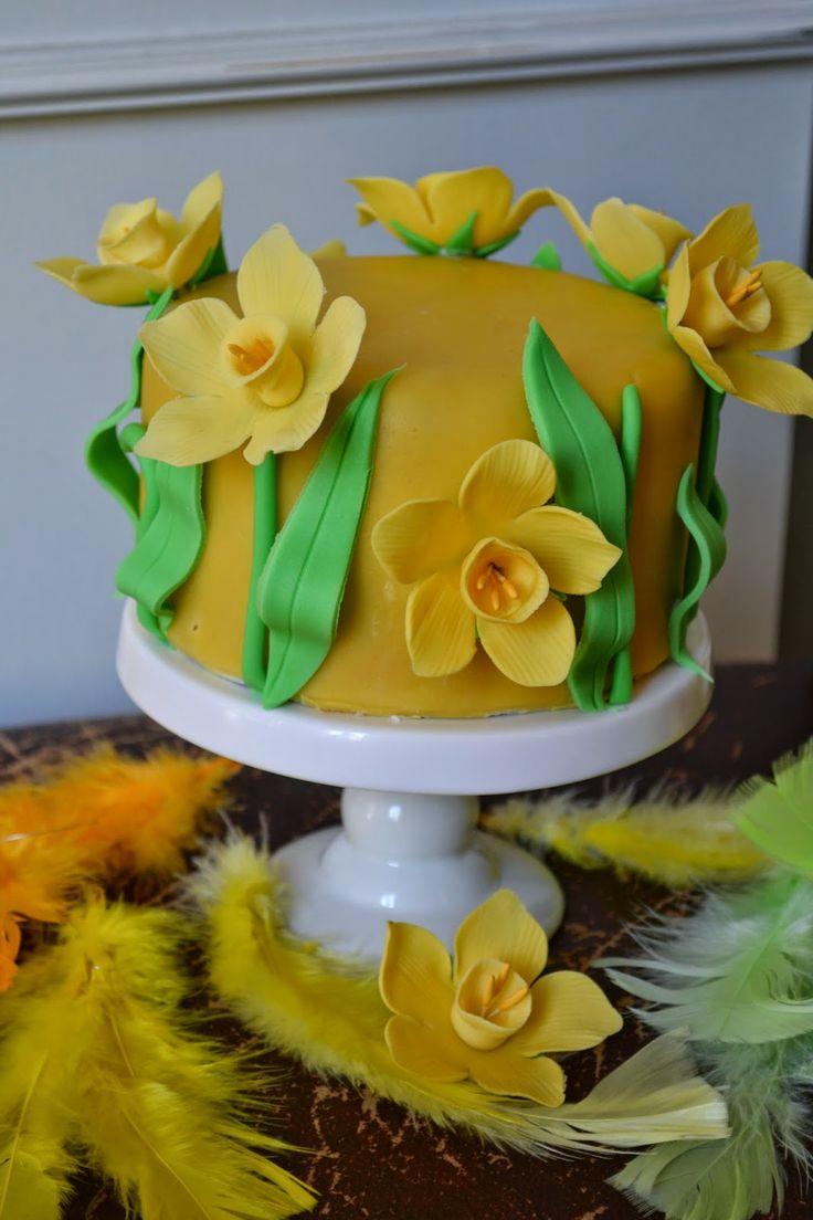 Daffodil Cake, cake with daffodils tutorial, tårta med påskliljor steg-för-steg