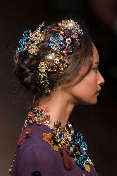 Sophisticated Style| Serafini Amelia| Dolce & Gabbana Fall 2014 - Details