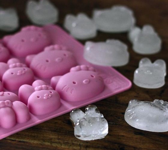 Hello Kitty Ice Cube Tray / This is a new style hello kitty ice cube tray,which have 8-tray and multiple pose hello kitty inside.It is so cute and funny,a great gift and favor for birthday,party or hello kitty fans. http://thegadgetflow.com/portfolio/hello-kitty-ice-cube-tray-8/