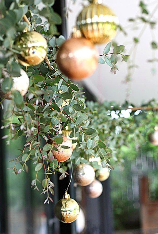 DIY Christmas table canopy with eucalyptus and gold, my Australian inspired Christmas table