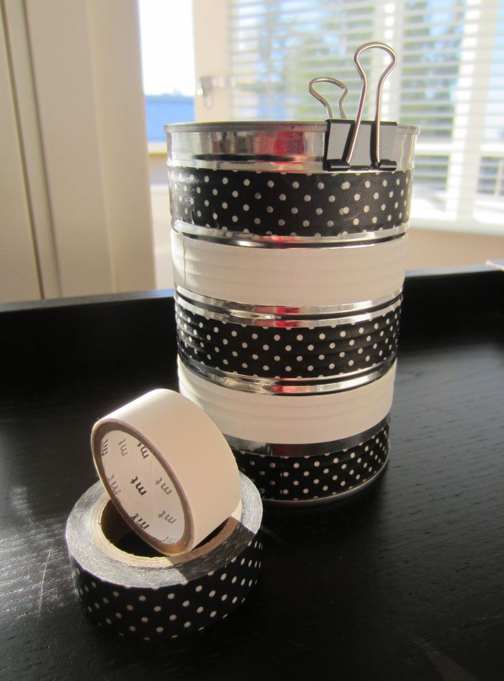 Tee-se-itse-naisen sisustusblogi: Masking Tape Decorated Can For Pens