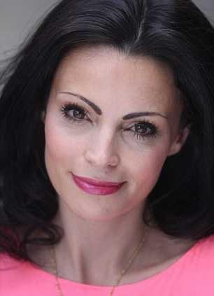 Too pretty woman quits £30,000 job