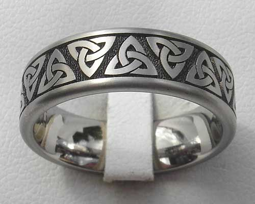 b4a07a3d5a595 Titanium Celtic Trinity Knot Ring : LOVE2HAVE in the UK!   Celtic ...