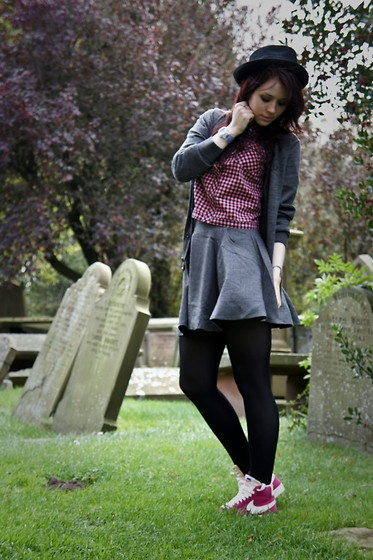 G Star Raw Hat, Fred Perry Cardigan, Fred Perry Cropped Shirt, Asos Skirt, Topshop Tights, Nike Trainers