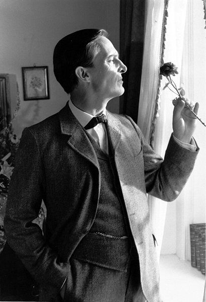 """""""Some actors fear if they play Sherlock Holmes for a very long run the character will steal their soul, leave no corner for the original inhabitant""""    Jeremy Brett"""