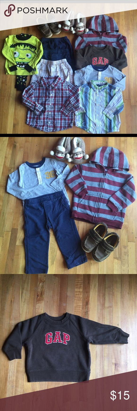 2T Boy's 12 Items Bundle Mix Brands 2T Boy's 12 Items.All still in good condition.No stains,rips,holes.Came from a smoke and pet free home.  1.Carter's Matching set grey long sleeve and navy pants 24 Months 2.Wonderkids zip up hoodie 2T 3.Baby Gap sweatshirt 18-24 months 4.Carter's navy blue fleece pants 24 months 5.Oshkosh shirt 2T 6.George shirt 3T run small like 2T 7.Koala Kids short pants 48 months 8.Joe Boxer Pjs set has stains on the long sleeve  9.Socks Monkey sleeper size S…