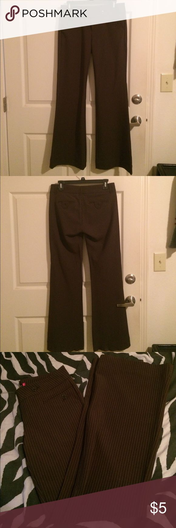 Pinstriped brown slacks Pinstriped brown pants/slacks; good condition; front and back pockets; size 5; 30 at waist and 31 in length. You're welcome to make an Offer or a bundle. Old College Inn Pants Trousers