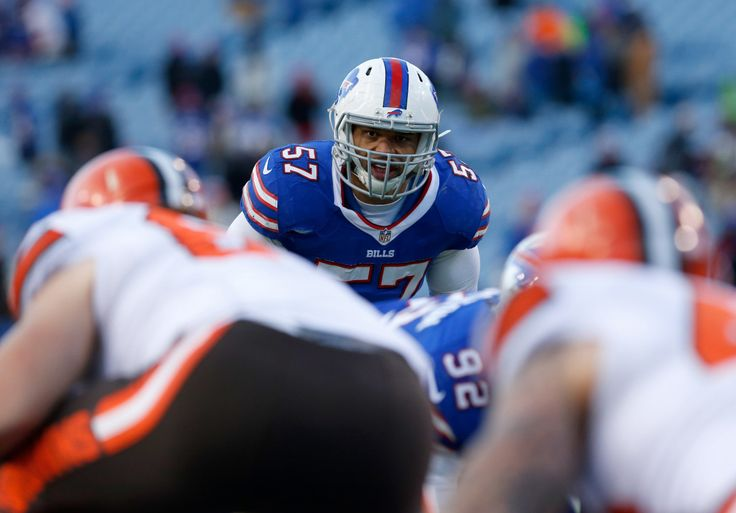 Sean McDermott raves about Lorenzo Alexander, likens him to Bugs Bunny