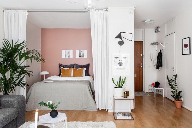 Homestyling PMMY Nordostpassagen 55 - Erik Olsson fastighetsförmedling  Pink bedroom wall, compact living
