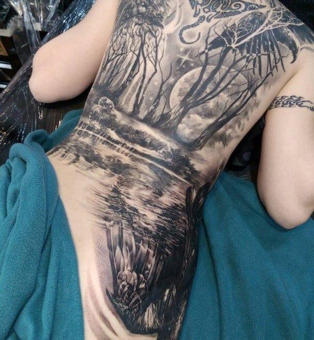tattoo wald und fluss r cken tattoo forest tattoos. Black Bedroom Furniture Sets. Home Design Ideas