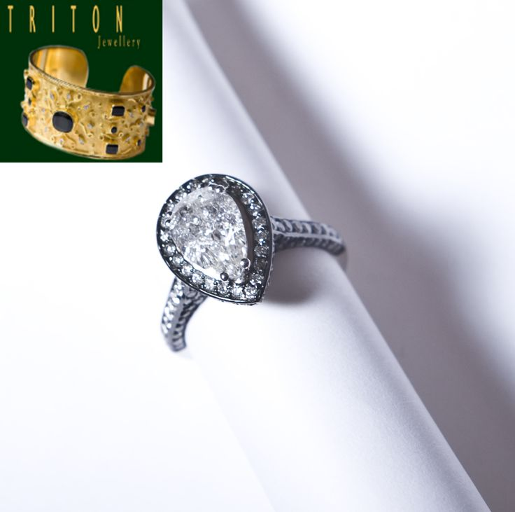 White gold ring (Ref:200114) For more information: http://www.tritonjewellery.com/modern-white-gold-ring-200114.html