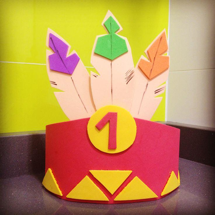Corona de indio americano para cumpleaños hecha a mano con goma eva