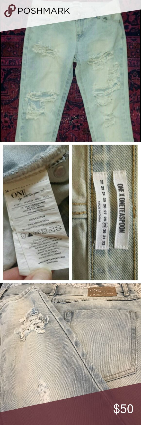 Re-Posh CUTE Size 29 One Teaspoon Awesome Baggies Low Waist/ Medium Rise/ Relaxed Leg/ Tapered Rolled Cuff/ Or You Can Unroll for straight No Cuff Fit. Super Cute. Just a little too Big for me! My loss can be you getting to own these Bad Azz Jeans!!! One Teaspoon Jeans