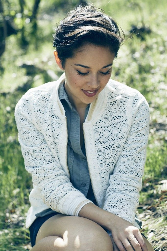 "New Song Premiere - ""Little Worrier"" - Kina Grannis // American Songwriter"