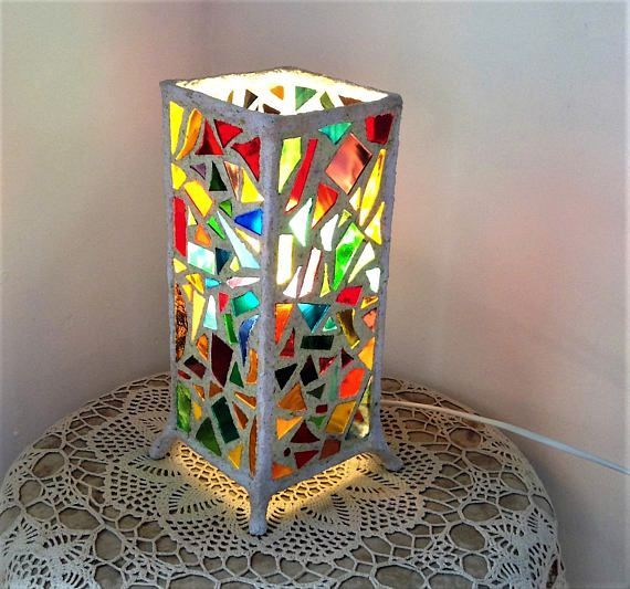 Eco Friendly Lampe Lampe De Papier Mache Lampe De Nuit Lampe De Table Eco Vitrail Lampe De Ch Modern Stained Glass Stained Glass Lamp Shades Glass Lamp