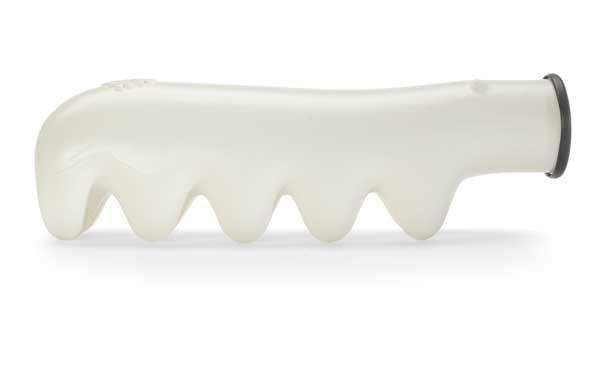 Brrrrr Polar Bear Ice Tray by black+blum » Yanko Design
