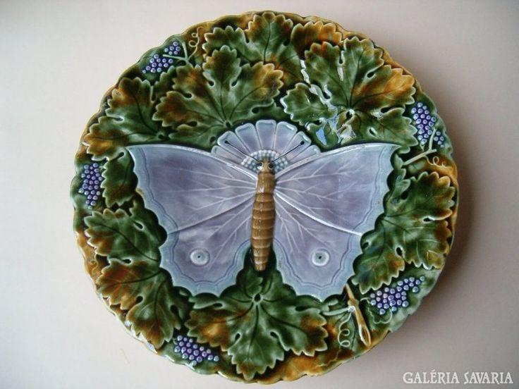http://galeriasavaria.hu/termekek/reszletek/keramia/543064/SCHUTZ-talpas-gyumolcsos-tal/
