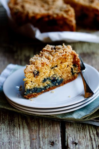 Ina Garten's Blueberry crumb cake made with Canderel Yellow granules. The perfect tea-time treat