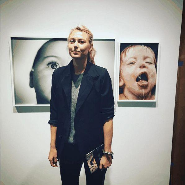 Мария посетила фотовыставку «Мать, дочь» Линзы и Мери МакКарти - Nasha Masha - Блоги - Sports.ru