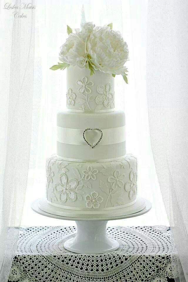 Wedding Cakes With Dalias